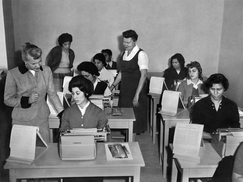 In Small Things Remembered » An English typing class at the Women\u0027s
