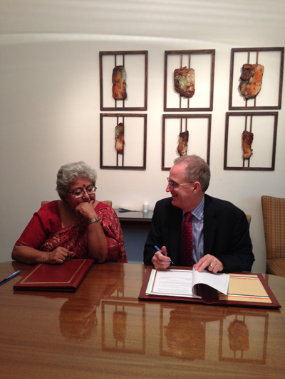 Meridian's Senior Vice President for the Arts Programs Dr. Curtis Sandberg and Ms. Anita Nayar, Deputy Director General, ICCR, sign the Memorandum of Undenstanding.