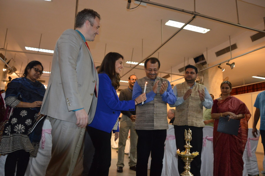 Lindsay Amini participates in the traditional lighting of the lamp at the inauguration of Kindred Nations at the Indian Museum in Kolkata.