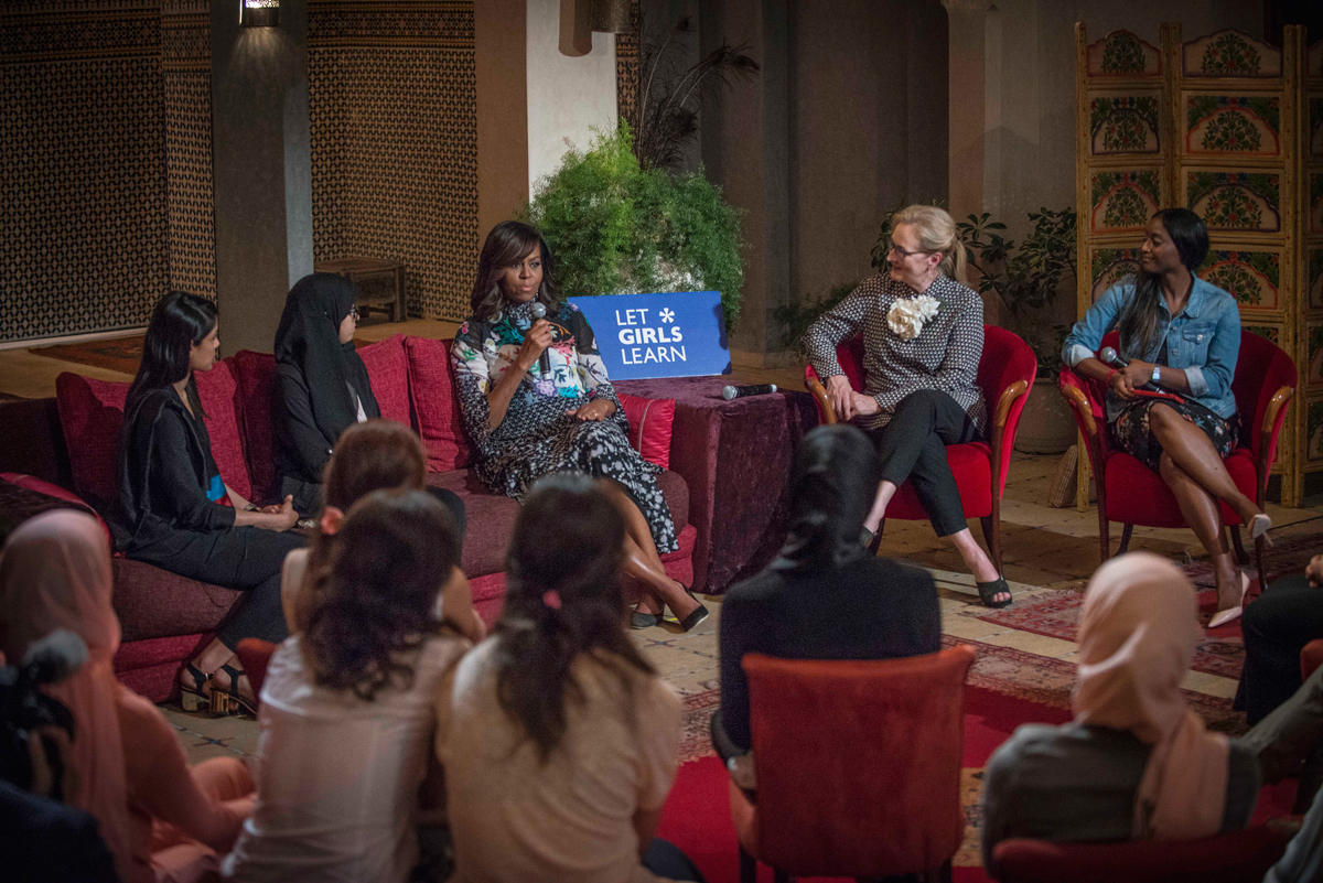 First Lady Michelle Obama and actress Meryl Streep in discussions with Let Girls Learn Program participants