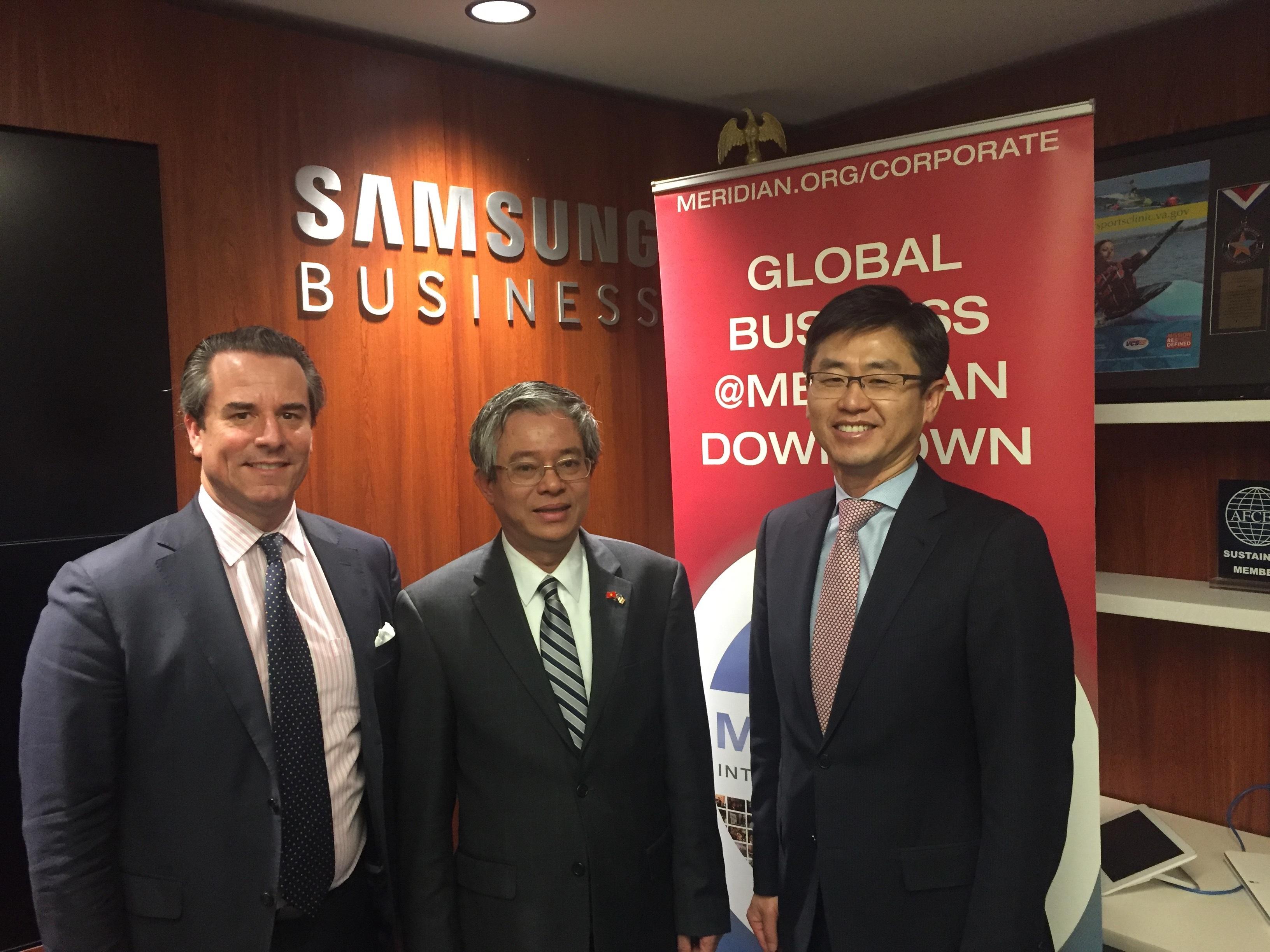 Ambassador Stuart Holliday, Ambassador Vinh, and Mr. Won-Kyong Kim