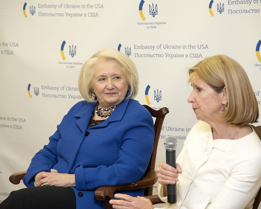 From left, Ambassador Melanne Verveer and Ambassador Paula Dobriansky discuss pathways to advance women's leadership.
